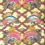 琉球紅型染 松皮菱繋檜扇団扇菊牡丹文様